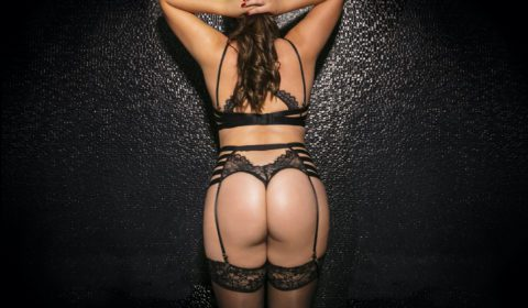 High class escorts with big booty grote billen