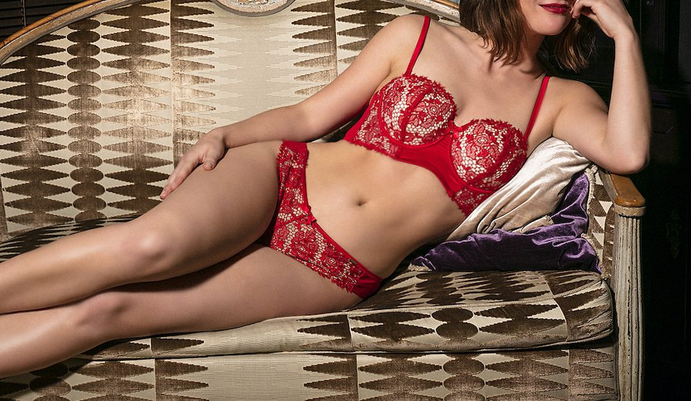 High class escort Lilly is from Amsterdam