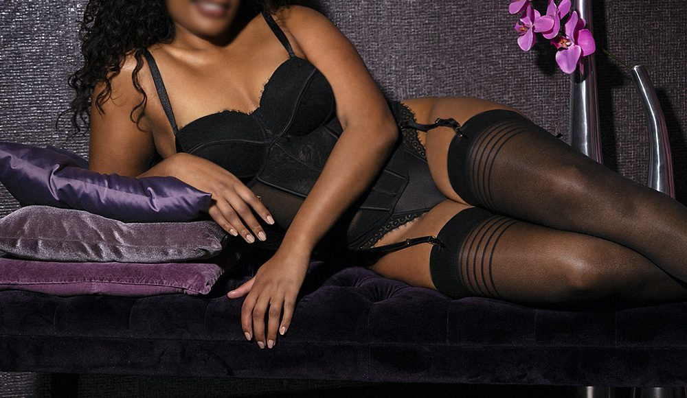 curvy high end escort with feminine curves at our escortservice